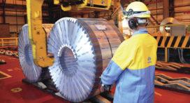 Energieneutrale opslaghal bij Tata Steel in IJmuiden in opbouw