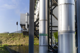Industrieel stoomnetwerk in de haven van Antwerpen in gebruik