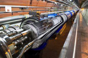 Nauwkeurigheid cruciaal bij vacuümbuizenproductie deeltjesversneller LHC