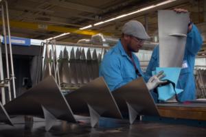 KLM hergebruikt plastic afval voor onderhoud en reparatie van vliegtuigen